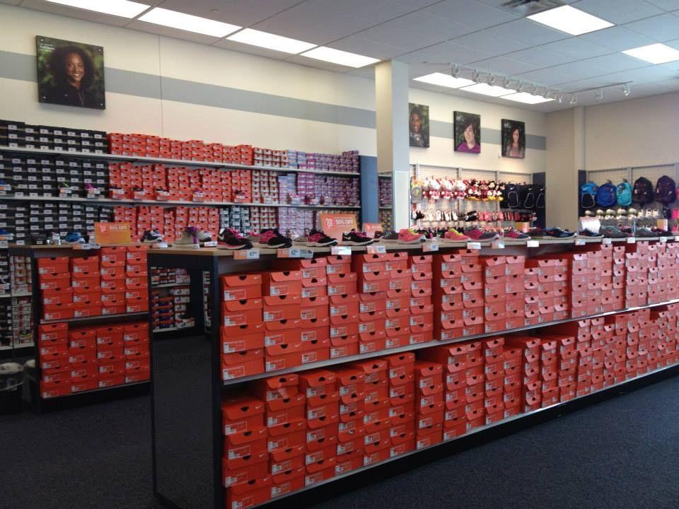 El Paso, TX Shopping Mall   The Fountains at Farah   Rack Room Shoes